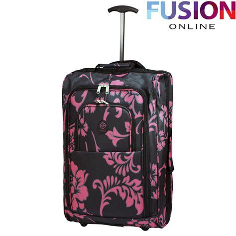 bagaglio cabina easyjet valigia bagaglio a mano cabina ryanair con ruote trolley