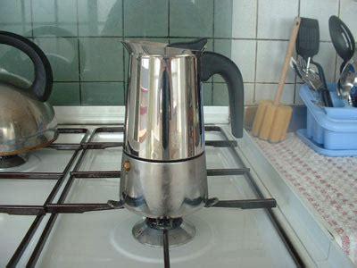 Diskon Akebonno Moka Pot Coffee Maker For 4 Cups Terlaris how to brew espresso in a moka pot i need coffee