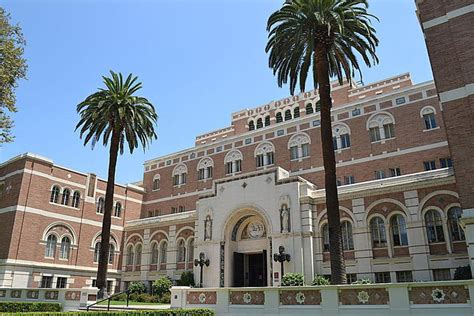 Mba Ranking Usc by Usc Admissions Sat Scores Acceptance Rate And More