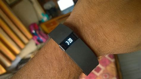 how does it take to charge a smart car fitbit charge unboxing and impressions