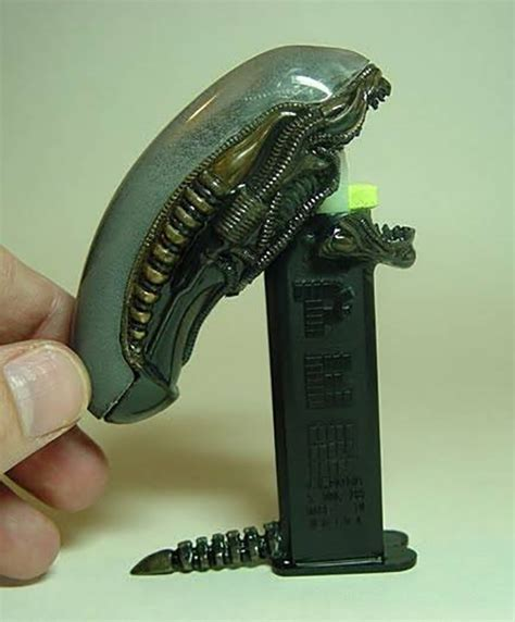Dispenser Ufo pez dispenser in space no one can hear you chew