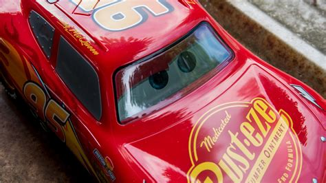 lighting mcqueen cars 3 toys sphero s lightning mcqueen cars 3 is the most advanced