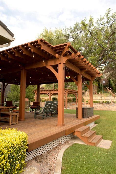 Backyard Deck Pergola: Lattice FullWrap? Cantilever Roof