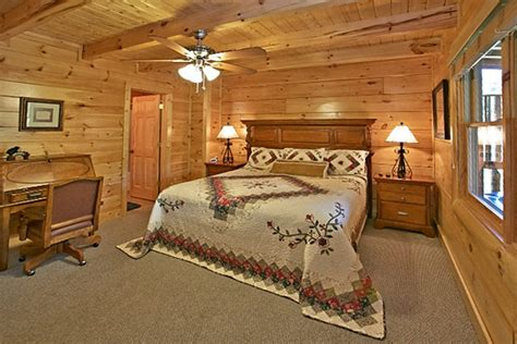 10 bedroom cabins in pigeon forge pigeon forge cabin bearfoot memories 2 bedroom