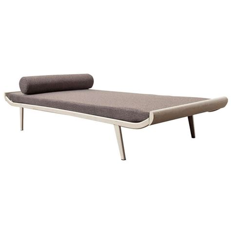 cleopatra bench furniture 563 best images about ffe bench pouf chaise lounge on