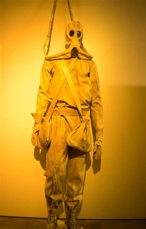 leonardo da vinci obscura leonardo da vinci designed a nightmare scuba suit atlas