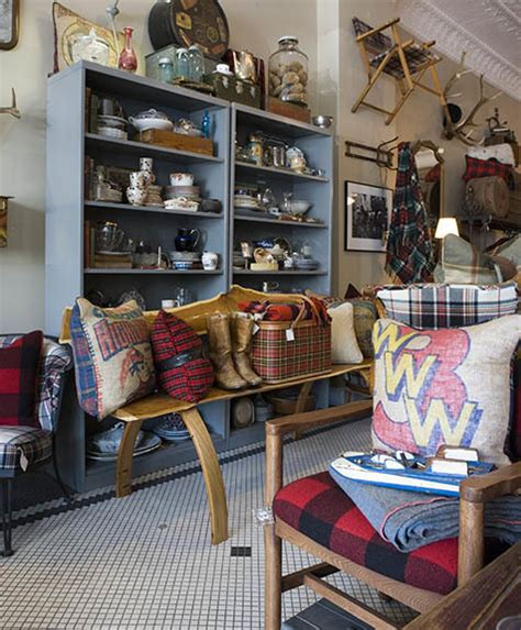 the best vintage clothing stores for antiques and 1960s