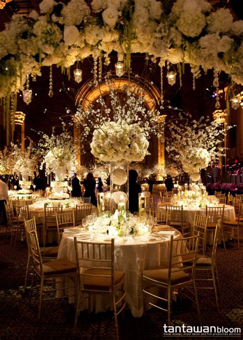 Wedding Reception Flowers by Wedding Receptions To Die For The Magazine
