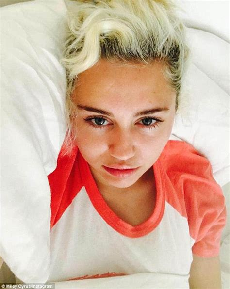 miley cyrus hair color miley cyrus regrets new locks after using at