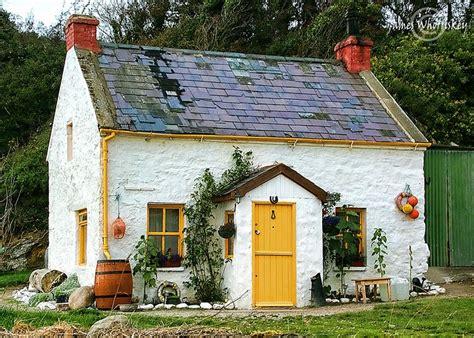 houses  buildings images  pinterest