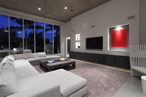 Simple Family Room With Tv