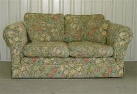 William Morris Sofa by The Arts Crafts Home