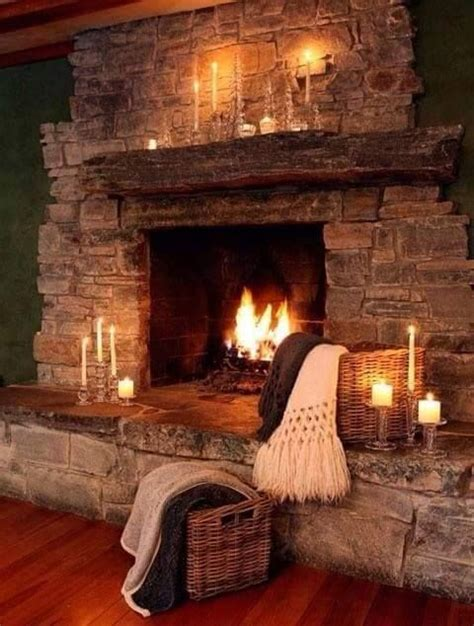 Rustic Fireplaces Pictures by Best 25 Cabin Fireplace Ideas On
