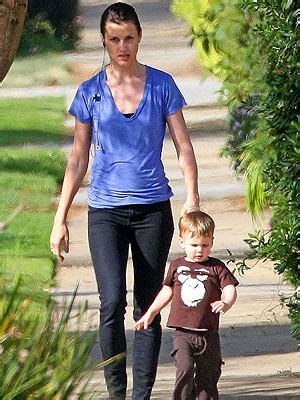 Bridget Moynahan With Tom Bradys Baby Bad They Up offspring page 70