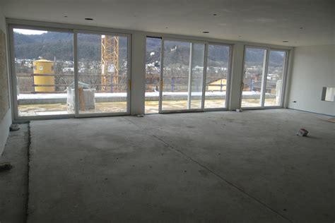 pavimenti garage pavimento in gomma per garage design casa creativa e