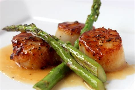 pan seared scallops with japanese spicy onion sauce seared scallops with asparagus how to feed a loon