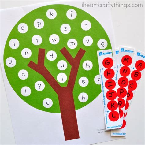 printable alphabet apples fun apple tree abc match preschool printable i heart