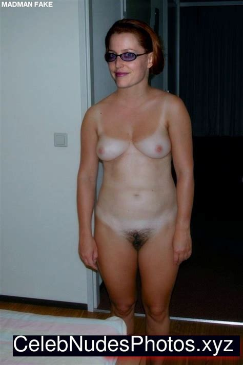 Gillian Anderson Naked Pics