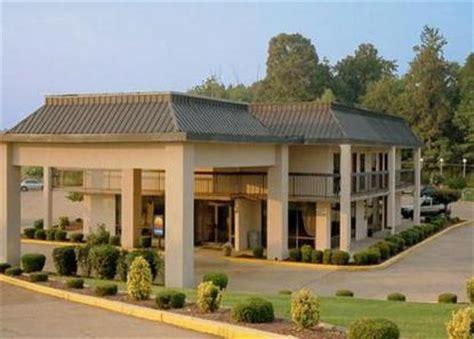 comfort inn batesville ms comfort inn batesville batesville deals see hotel