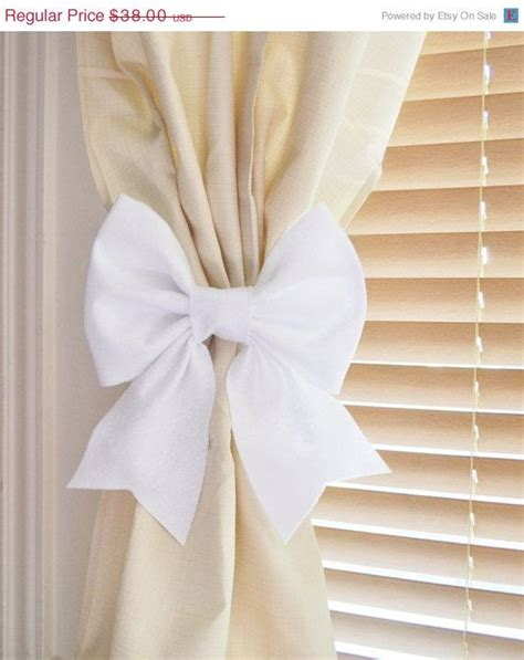 Handmade Curtain Tie Backs - best 25 diy curtain holdbacks ideas on diy