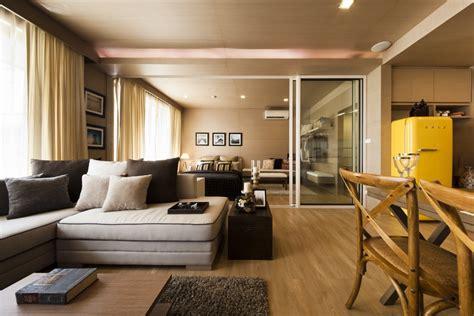 swanky sales office  condominiums   sea