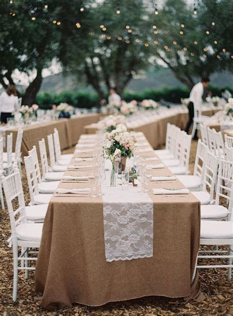 25 best ideas about burlap tablecloth on burlap decorations burlap wedding tables