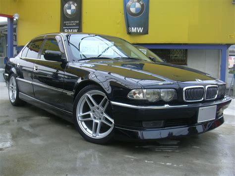 BMW E38   Fotky, Videa   BMW Katalog