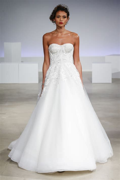 Discount Wedding Gowns by Wedding Dress Styles For Fall Discount Wedding Dresses