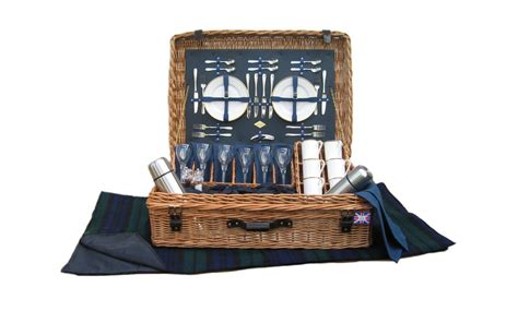 amberley edwardian 6 person picnic basket gardenlines