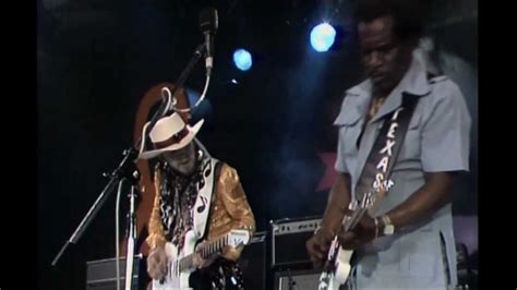 stevie ray vaughn johnny copeland tin pan alley montreux  youtube