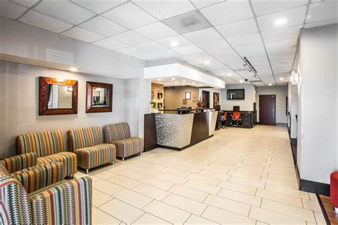 comfort inn congaree rd comfort inn suites greenville hotels greenville