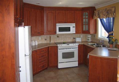 couleur pour armoire de cuisine cuisine en thermoplastique mod 232 le cath 233 drale carr 233 couleur coucher de soleil