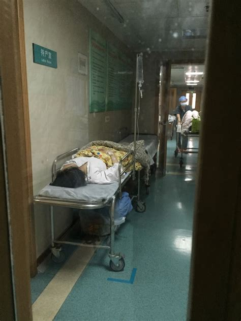 guangzhou gives birth in mcdonald s bathroom stall