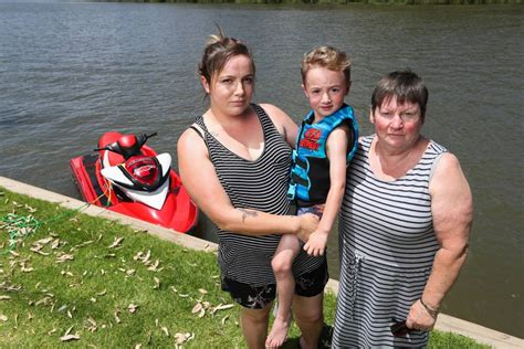 wake boat ban murray river wake boat trial ban divides murray river visitors the