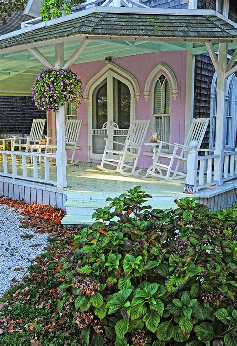 Vineyard Cottage by Marthas Vineyard Cottage Photograph By Dave Mills