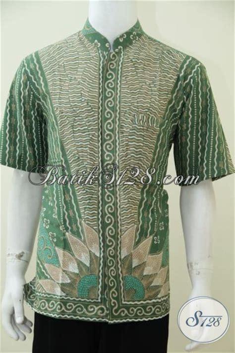 Koko Qurta Trend Masa Kini busana batik muslim keren trend motif terkini hem batik koko lengan pendek warna hijau kesukaan