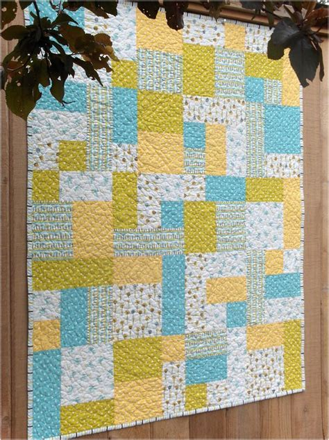 Yellow Brick Road Quilt Pattern Tutorial 1000 ideas about brick road on the wizard wizard of oz 1939 and bolger