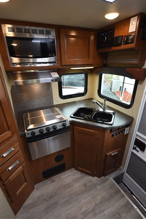 2017 Lance 975 Review   Truck Camper Magazine