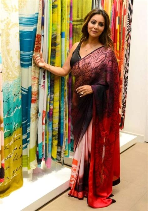 shahrukh khan wife gauri khan hot  latest  hd wallpaper bolly center