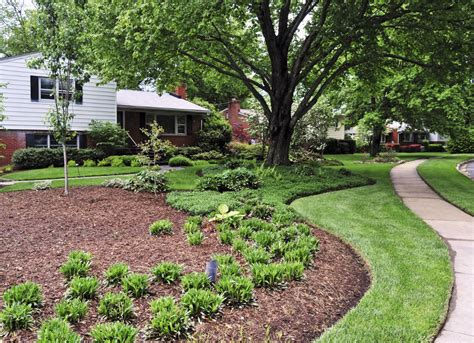 mulch bed re mulch your garden beds selling real estate 9 quick fixes for a faster home sale