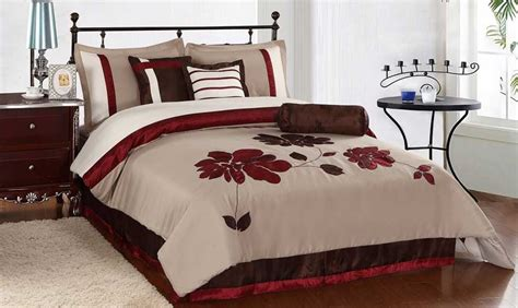 bed in a bag queen comforter sets queen bedding sets a great purchase knowledgebase