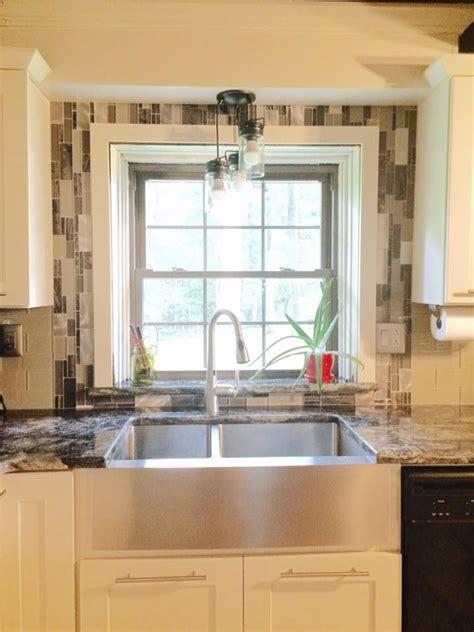 backsplash around window 1000 images about kitchen on mosaics