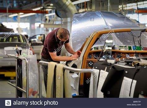 rolls royce manufacturing plant rolls royce motor car manufacturing plant near chichester
