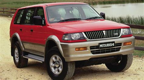 download car manuals 2001 mitsubishi challenger electronic throttle control used mitsubishi challenger review 1998 2012 carsguide