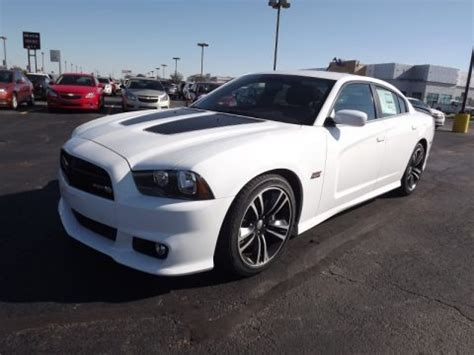dodge charger srt8 bee specs 2013 dodge charger srt8 bee data info and specs