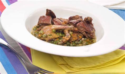 cocinar pichones receta de habas y guisantes frescos con pich 243 n argui 241 ano