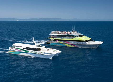 great barrier reef cruises big cat green island reef cruises - Cairns To Hamilton Island By Boat