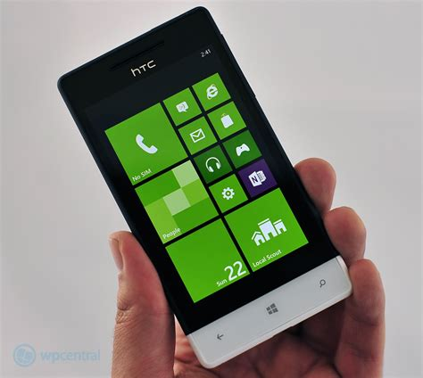 themes htc windows phone 8s htc announces the 8s with windows phone 8 windows central
