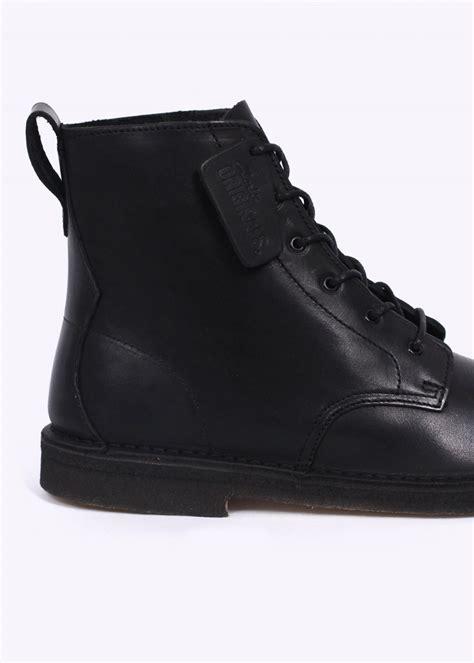 black leather desert boots clarks the best of desert 2017