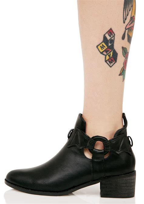 iron boots iron wingman boots dolls kill